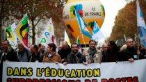 Во Франции учителя провели свою первую забастовку против политики Макрона