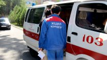 В «скорой» Алматы медикам вновь задерживают зарплаты, а «проверки» ничего не находят