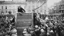 С днем победоносной пролетарской социалистической революции!